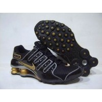 Nike Shox NZ Black Metallic Gold Silver